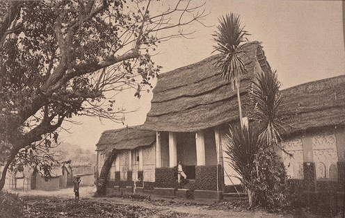 Image of traditional Ashanti house